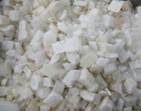 用硝酸和大理石装备高纯氧化钙的方法
